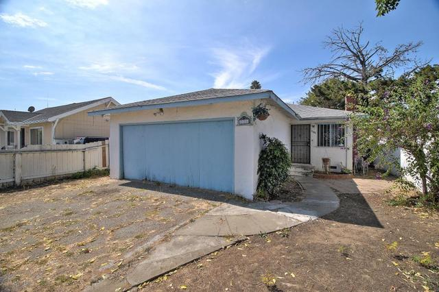 2185 Cooley Ave, East Palo Alto, CA 94303