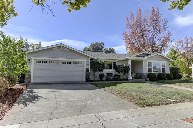 820 Lilac Way, Los Gatos, CA 95032