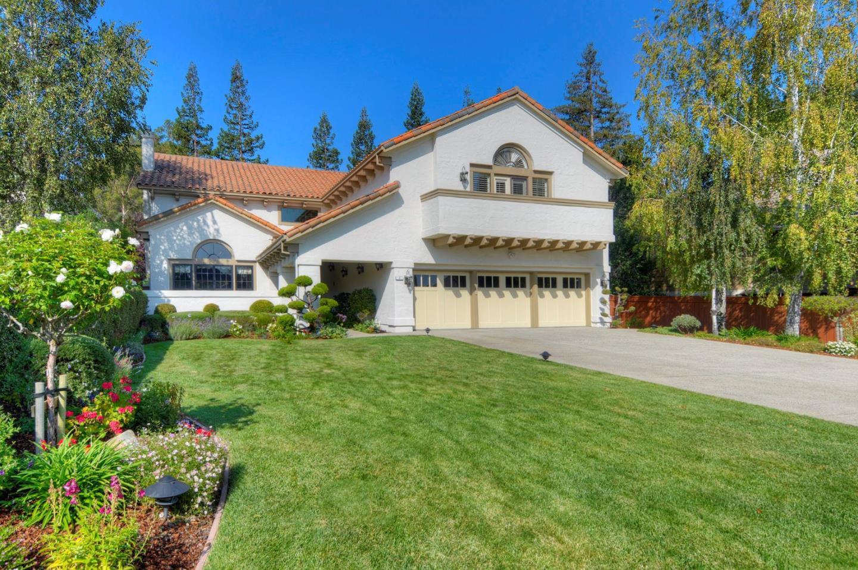 8 Woodleaf Avenue, Redwood City, CA 94061
