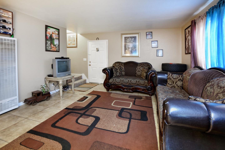 892 Rider Avenue, Salinas, CA 93905