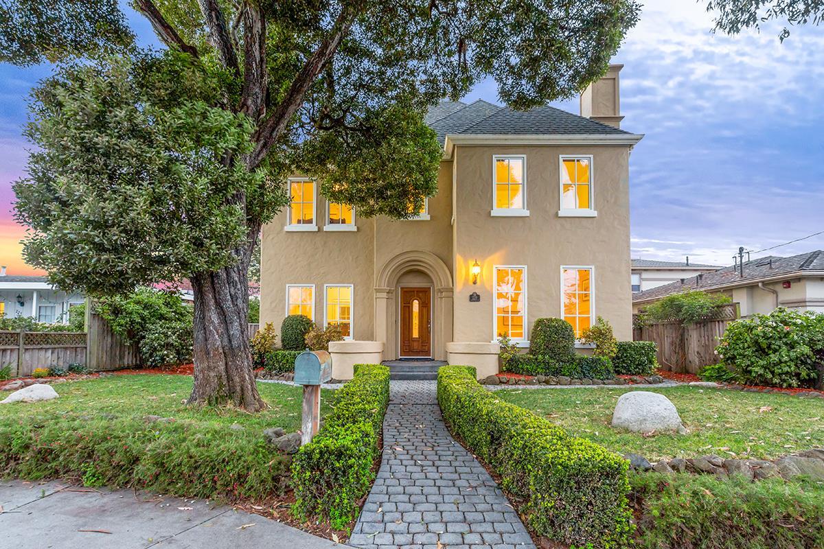2720 Casa Grande Court, Morgan Hill, CA 95037