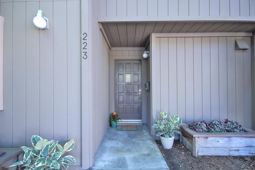 223 Horizon Avenue, Mountain View, CA 94043