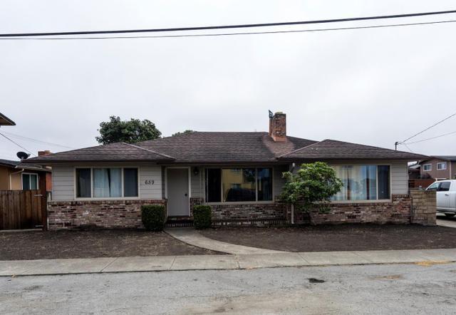 659 Grove St, Half Moon Bay, CA 94019