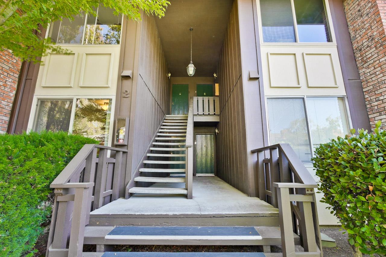 100 E Middlefield Road #2F, Mountain View, CA 94043