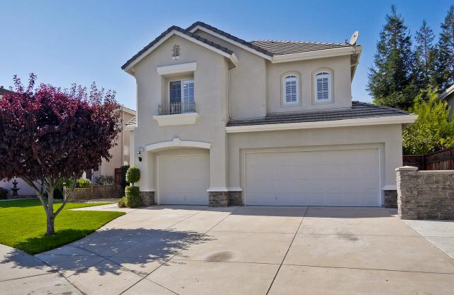 9207 Twinberry Way, Gilroy, CA 95020