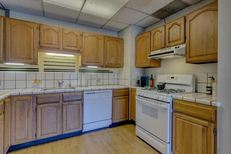 1423 Dix Street, San Mateo, CA 94401