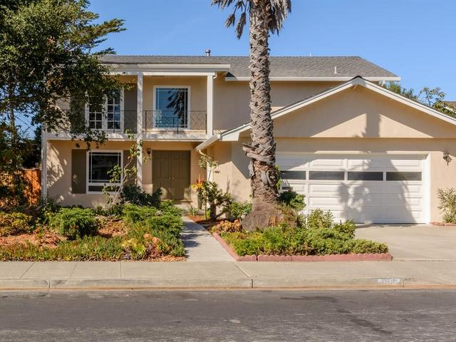 898 Constitution Dr, Foster City, CA 94404