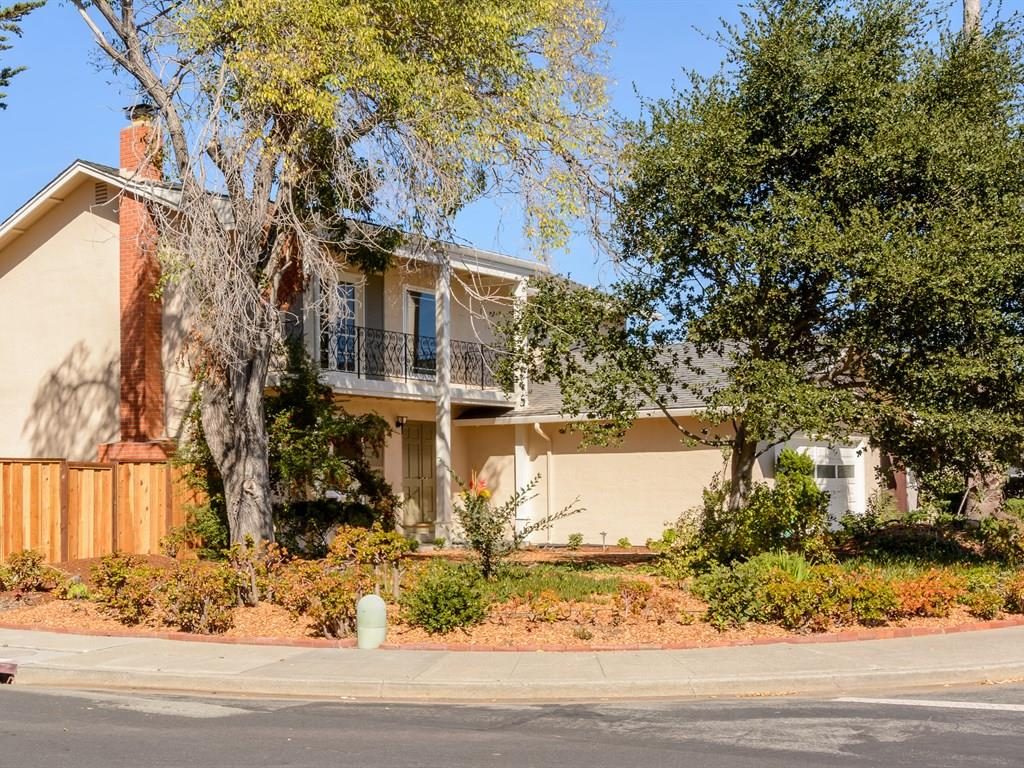898 Constitution Drive, Foster City, CA 94404