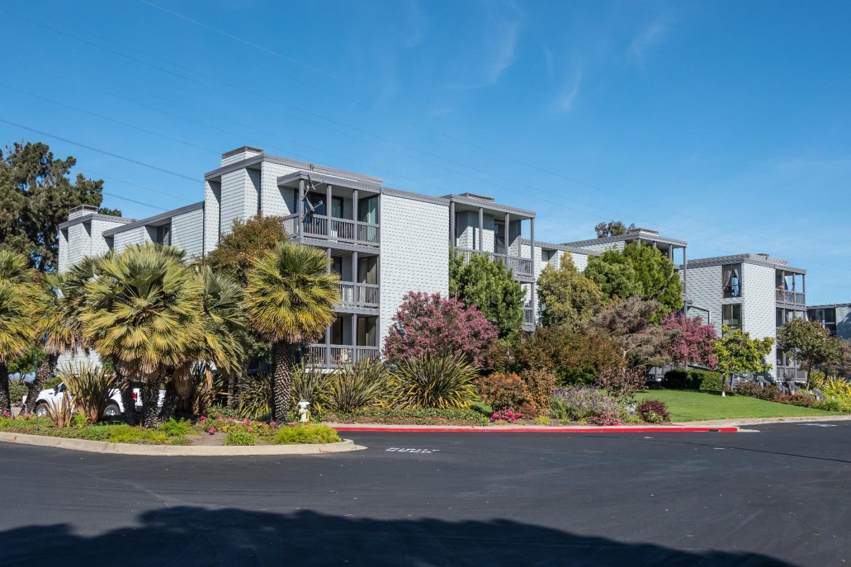 615 Port Drive #107, San Mateo, CA 94404