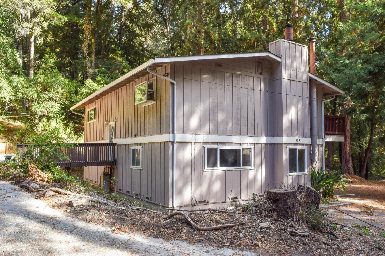 499 Vine Hill Road, Santa Cruz, CA 95065