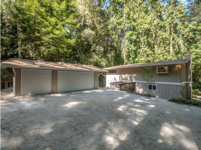 499 Vine Hill Rd, Santa Cruz, CA 95065