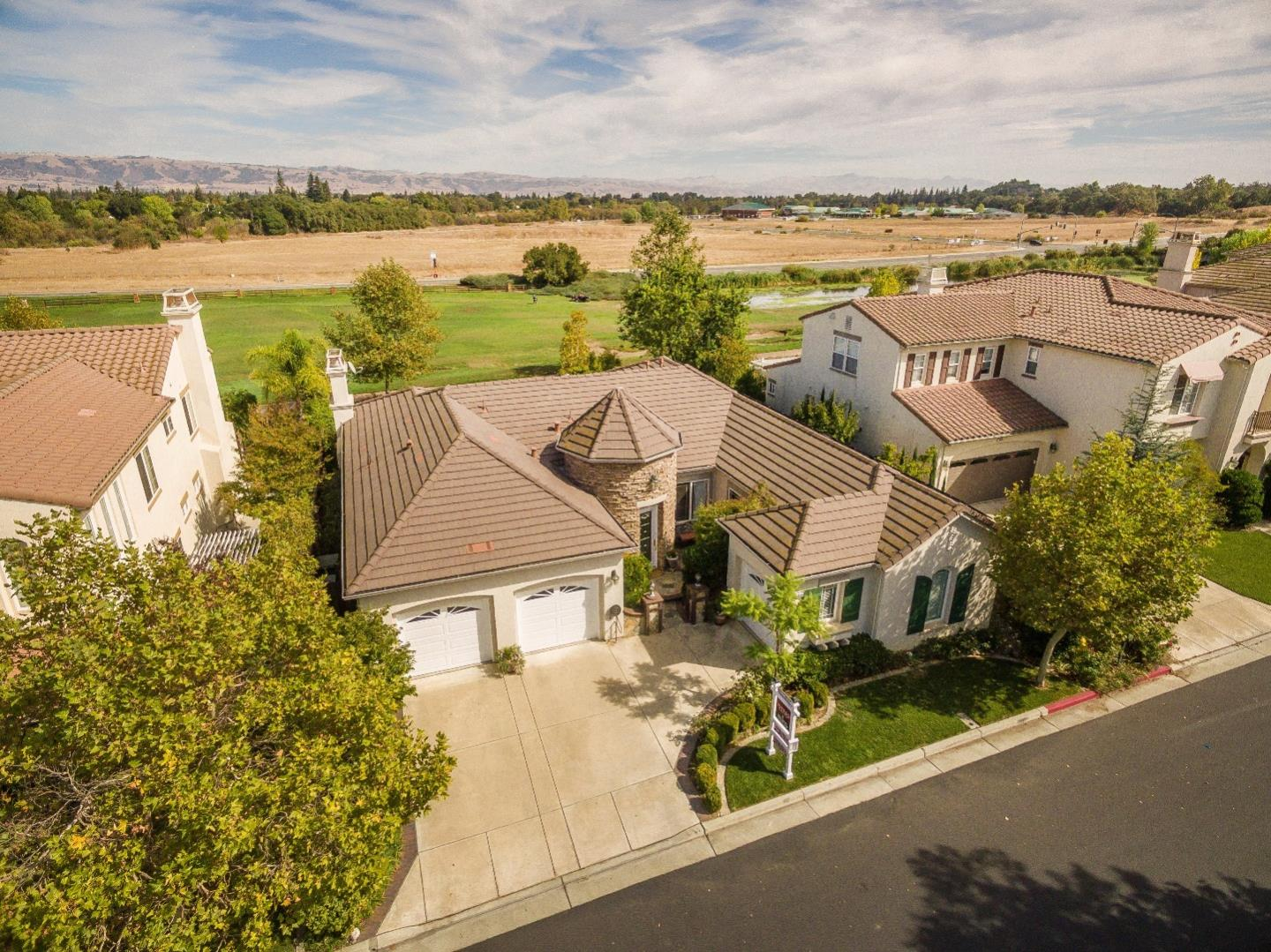 7450 Carnoustie Ct, Gilroy, CA 95020