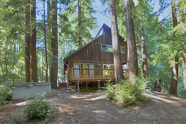 364 Teilh Dr, Boulder Creek, CA 95006