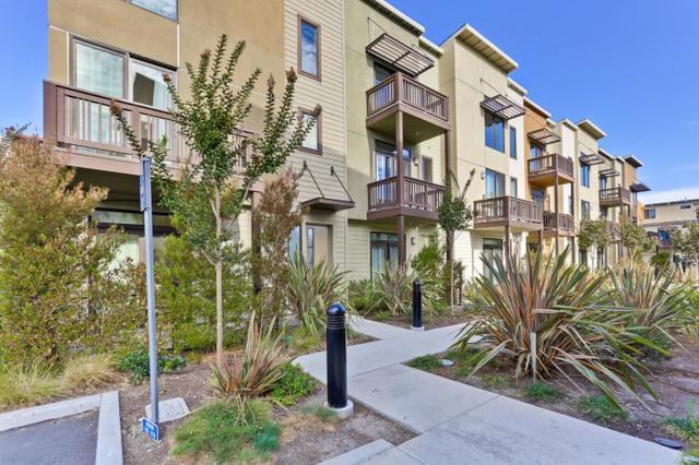 3180 Berryessa St, Palo Alto, CA 94303