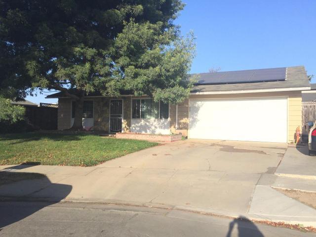 13475 Swaner Cir, Salinas, CA 93906