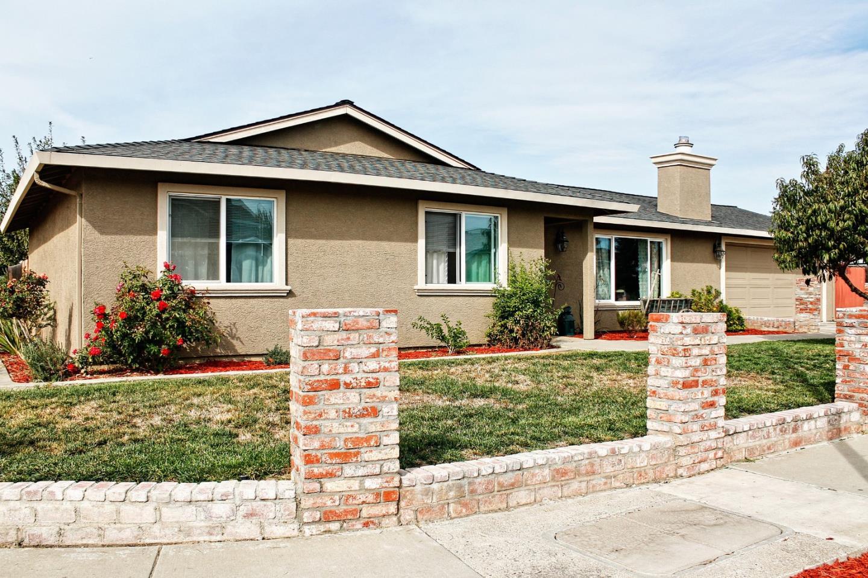 610 Memorial Drive, Hollister, CA 95023
