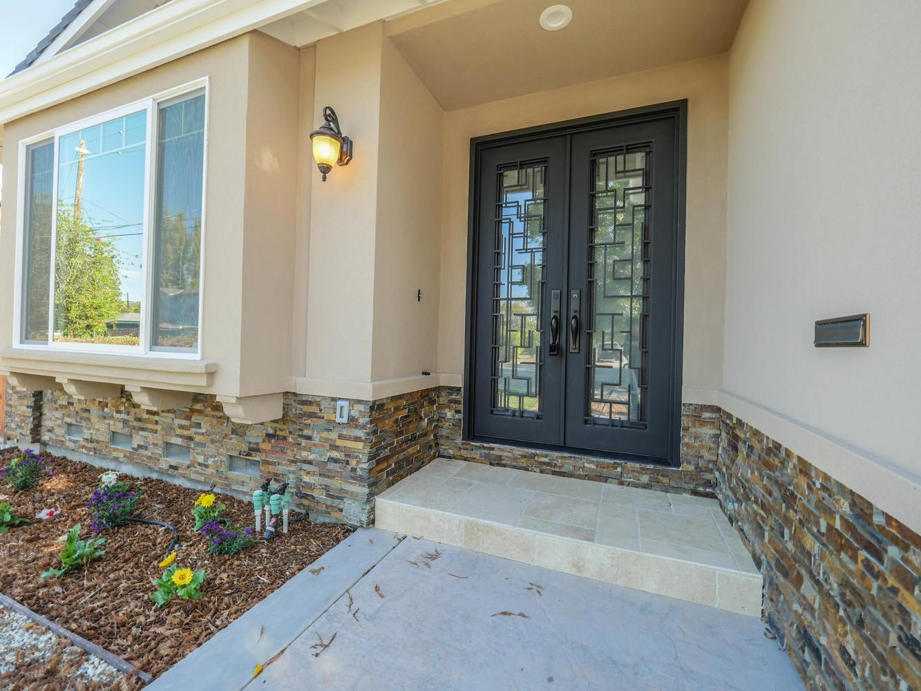 392 Stowell Avenue, Sunnyvale, CA 94085