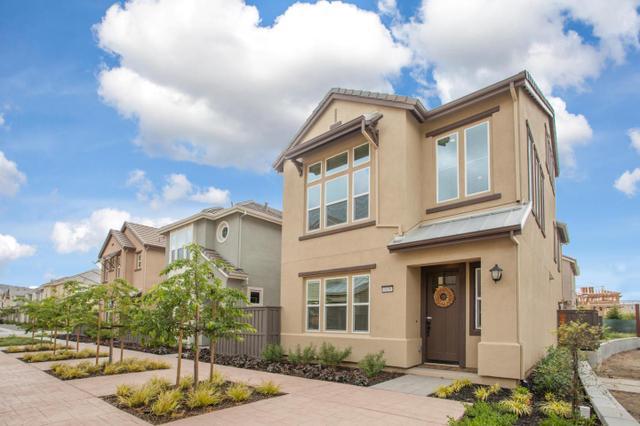 6038 Golden Vista Dr, San Jose, CA 95123