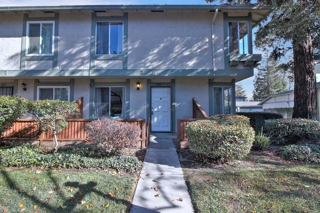 2705 Lone Bluff Way, San Jose, CA 95111