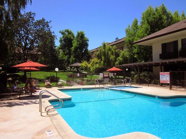 2140 Santa Cruz Ave #B209, Menlo Park, CA 94025
