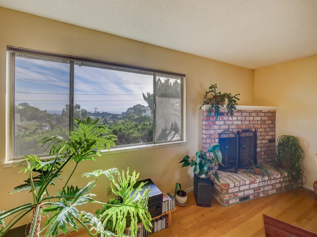 402 Arroyo Seco, Santa Cruz, CA 95060