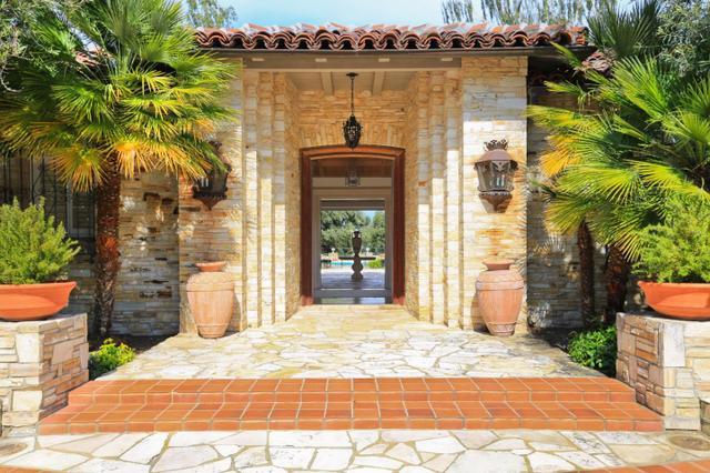11627 Dawson Dr, Los Altos Hills, CA 94024