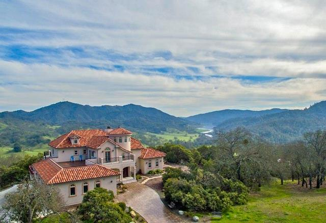 17075 Uvas Rd, Morgan Hill, CA 95037