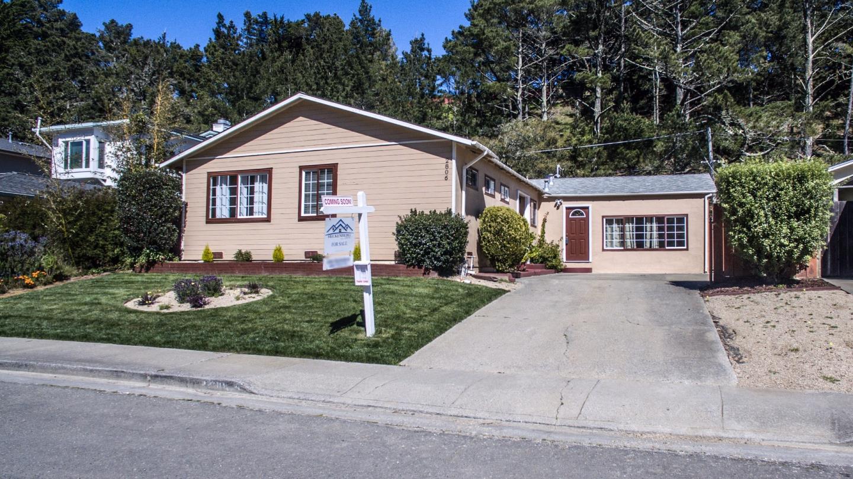 2806 Fleetwood Dr, San Bruno, CA 94066