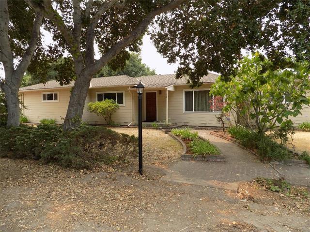 12 Paseo Hermoso, Salinas, CA 93908