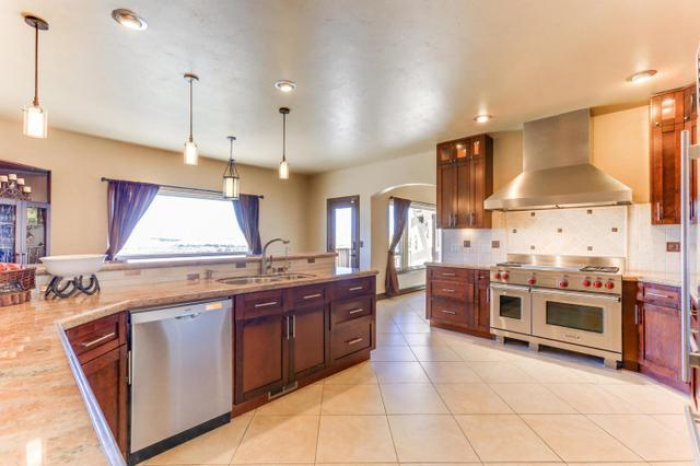 230 Noelle Ct, Hollister, CA 95023