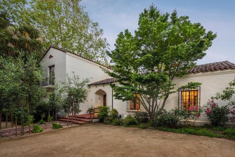 420 Maple St, Palo Alto, CA 94301