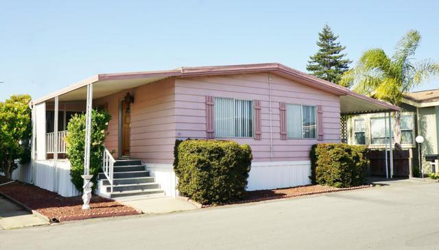789 Green Valley Rd, Watsonville, CA 95076