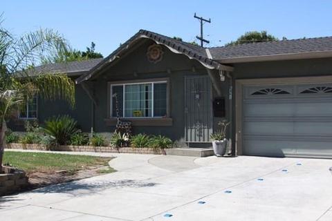 6861 Church St, Gilroy, CA 95020