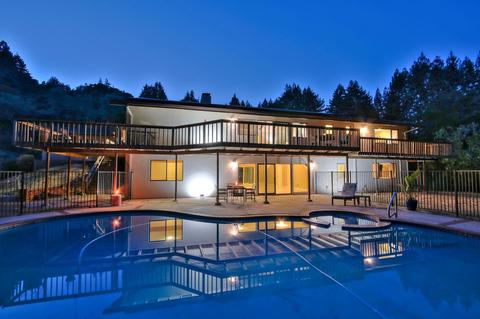 1015 Vine Hill Rd, Santa Cruz, CA 95065