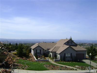 3799 Rocky Knoll Way, Santa Rosa, CA 95404