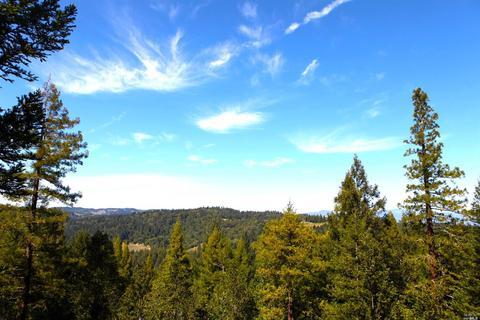 12450 Cloud Ridge Rd, Healdsburg, CA 95448