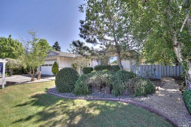 339 Mockingbird Cir, Santa Rosa, CA 95409