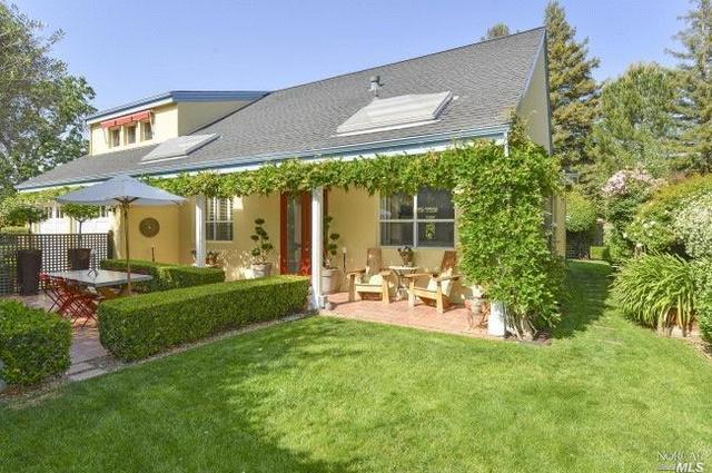 6582 Oak Leaf Ct, Yountville, CA