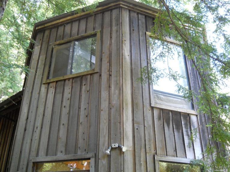 3520 Deer Meadow Lane, Occidental, CA 95465