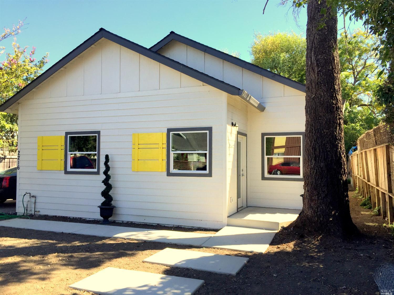 2216 Marin St, Napa, CA
