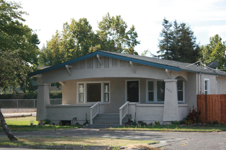 752 Kawana Springs Rd, Santa Rosa, CA
