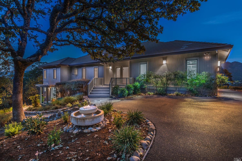 850 Wild Oak Dr, Santa Rosa, CA