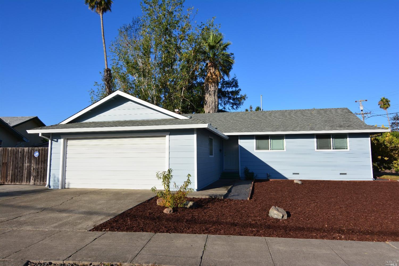 2709 Iroquois St, Santa Rosa, CA