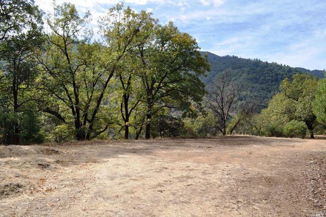850 Doolan Canyon Dr, Ukiah, CA 95482