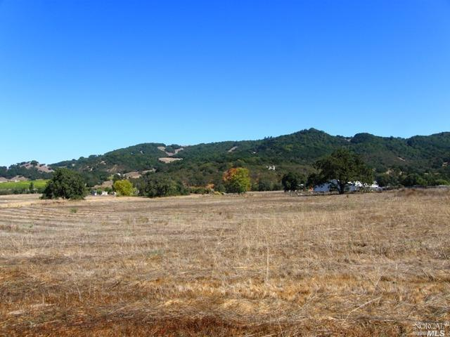 585 Hunter Lane, Santa Rosa, CA 95404
