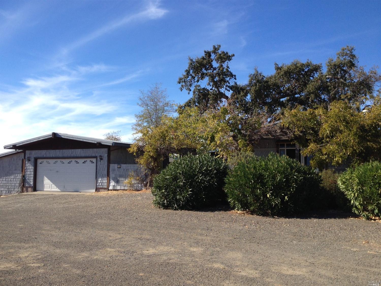 3745 Hallelujah Trl, Lakeport, CA