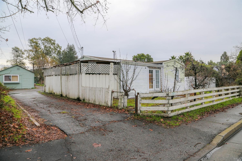 1822 Fulton Rd, Santa Rosa, CA