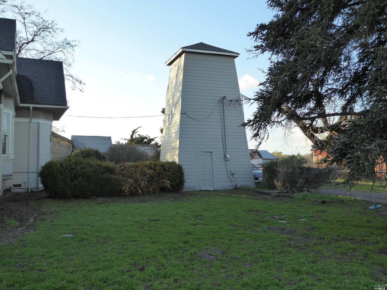 1105 Thompson Lane, Petaluma, CA 94952