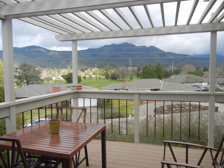 7033 Overlook Dr, Santa Rosa, CA