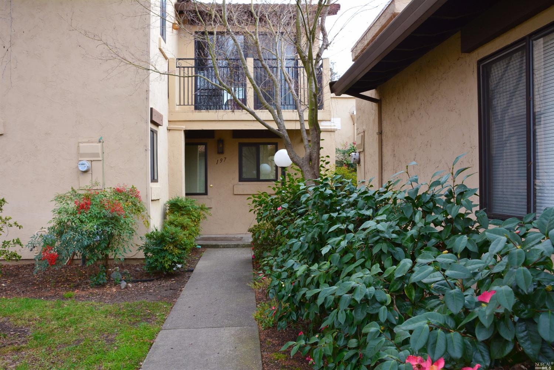 197 La Mancha Dr, Sonoma, CA